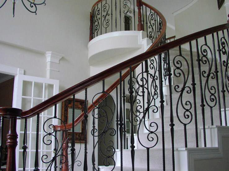 Bending Handrail with Iron Balusters