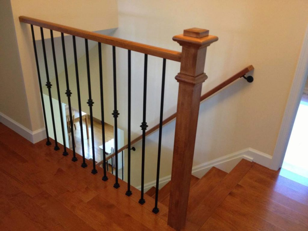 A blend of traditional and modern styles stairsupplies Ranch style staircase