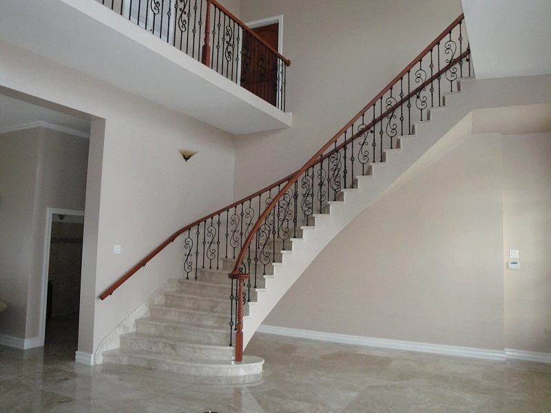 Scroll Series Iron Baluster