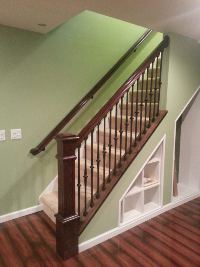 8500 Standard Knee Wall Cap Stairsupplies