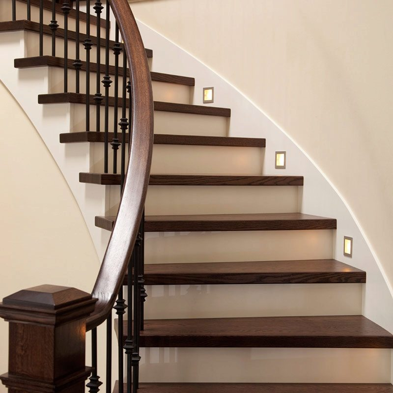 Wooden Staircases: Replacement Stair Treads Create A New Look