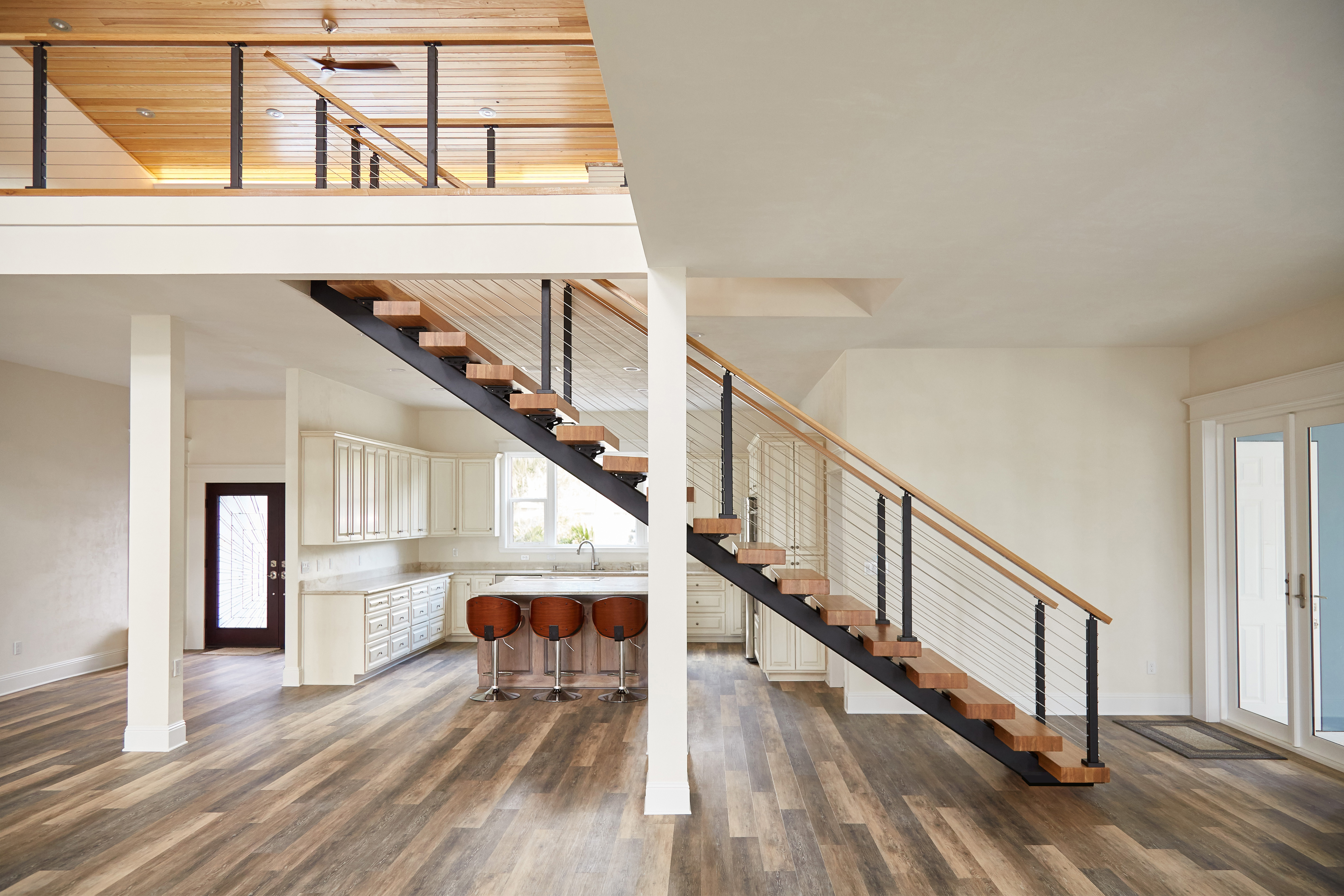 The Straight, Single Steel Stringer FLIGHT System Provides A Strong,  Minimalist Backbone For A Modern Stairway. As You Can See, When Paired With  The Warmth ...